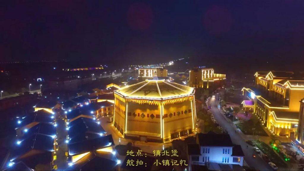 银川镇北堡温泉小镇建筑照明工程夜景观落地实景