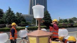 长沙岳麓大道换装174盏可挂载5G基站的智慧华灯