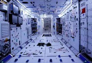 健康照明照亮中国空间站